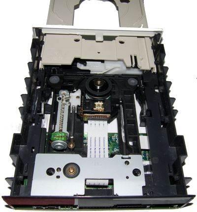 Чистка лазера dvd привода и прочих компонентов не займет много времени